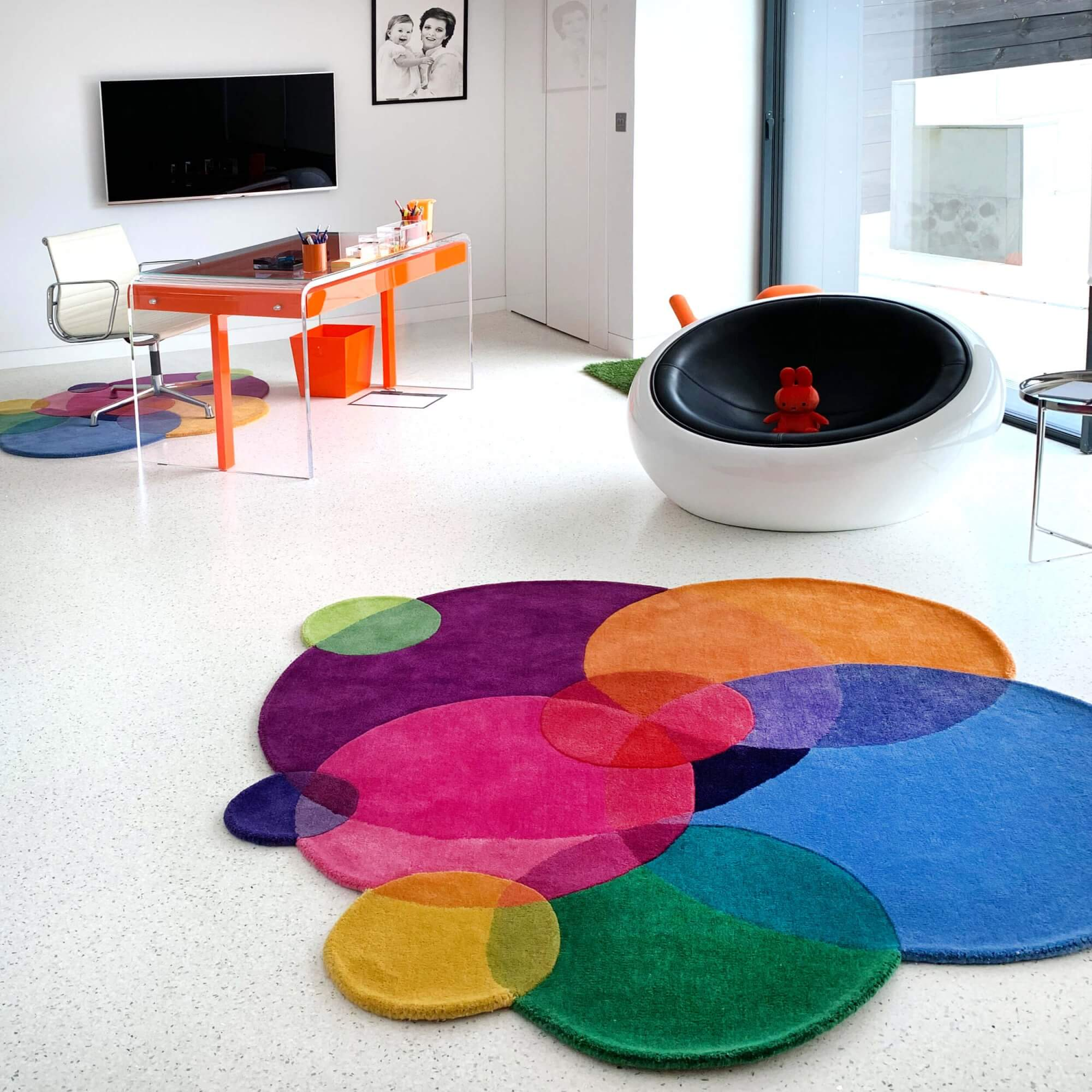 Contemporary Rug for Home Office LR